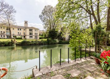 Thumbnail 2 bed flat for sale in Cleveland Reach, Bath