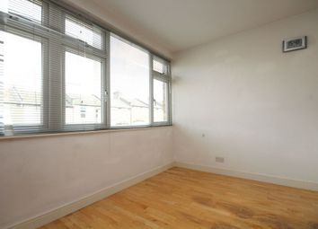 Thumbnail 1 bed flat to rent in Fairlawn Park, Sydenham