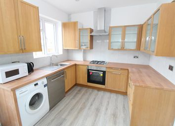 5 bed semi-detached house to rent in Guildford Way, Wallington SM6