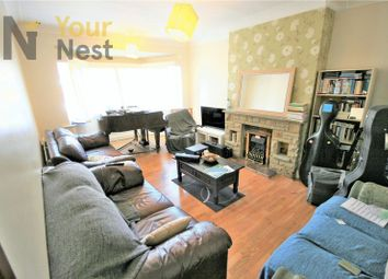 Thumbnail 4 bed flat to rent in St Chads Drive, Headingley