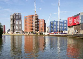 Thumbnail 1 bed flat for sale in Grantham House/ Faraday Building, City Island, Canary Wharf, London