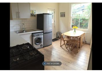 Thumbnail 1 bed flat to rent in Clapham South, London