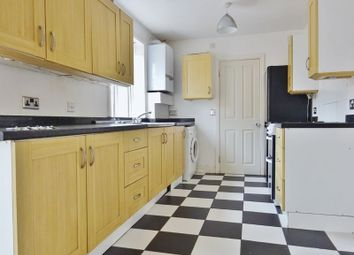Thumbnail 5 bed property to rent in The Avenue, Brighton