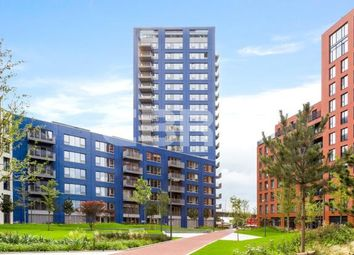 Thumbnail 3 bed flat for sale in Montagu House, London City Island