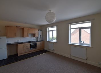 1 bed flat to rent in Chickerell Road, Weymouth, Dorset DT4
