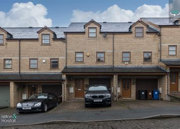 3 bed town house for sale in Alkincoats Road, Colne BB8
