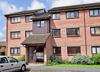 Thumbnail 2 bed flat for sale in Drum Mead, Petersfield, Hampshire