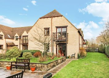 Thumbnail 2 bed property for sale in Langdale Gate, Witney