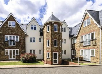 Thumbnail 1 bed flat to rent in Beaumont Road, Windsor, Berkshire
