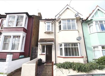 Thumbnail 1 bed flat to rent in Victoria Drive, Leigh-On-Sea