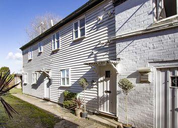 Flat 2, 12 High Street, Tenterden, Kent TN30. 2 bed flat for sale