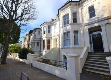 3 bed maisonette to rent in Goldstone Villas, Hove BN3