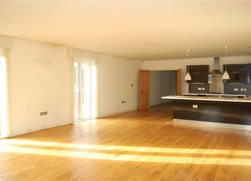 Thumbnail 2 bedroom flat to rent in Victoria Road, Crosby, Liverpool