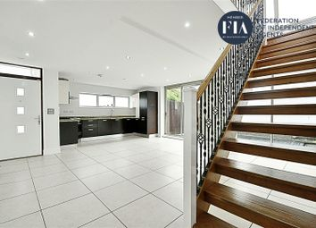 4 bed property to rent in Manuka Close, Grosvenor Road, Hanwell W7