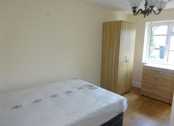 Thumbnail 1 bed flat to rent in Love Lane, Andover