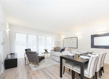 Thumbnail 3 bed flat for sale in Archway Road, London