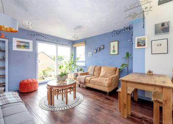 Thumbnail 2 bed property for sale in Albion Gardens, Easter Road, Edinburgh