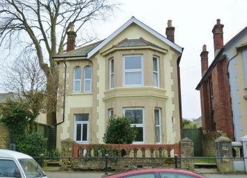 Thumbnail 1 bed flat to rent in Carisbrooke Road, Newport