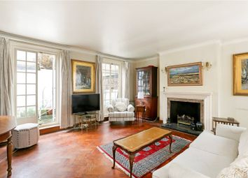 3 bed maisonette for sale in Harley Place, London W1G