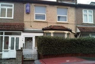 Thumbnail 3 bed country house to rent in Grange Road, London