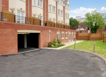 Thumbnail 1 bedroom flat for sale in Hewell Road, Redditch