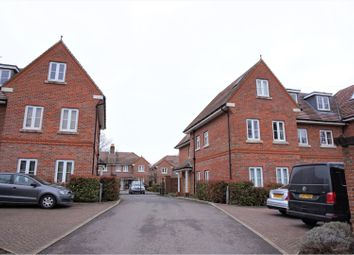 Thumbnail 2 bedroom flat to rent in Hurley Close, Banstead