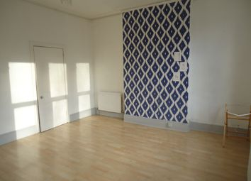 Thumbnail 1 bedroom flat to rent in Claremont Road, Highgate