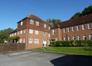 3 bed flat for sale in The Old Convent, Dockenfield, Farnham GU10