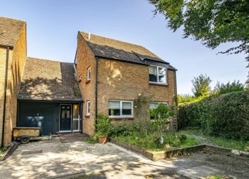 West Chiltern, Woodcote, Reading RG8. 4 bed link-detached house