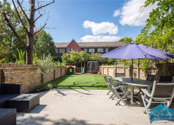 Thumbnail 4 bedroom terraced house to rent in Hartham Road, Holloway, London