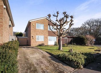 Thumbnail 4 bed detached house for sale in Brompton Close, Luton