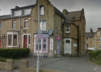 Thumbnail 1 bed flat to rent in Easby Road, Bradford