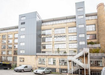 1 bed flat to rent in Chocolate Studios, Shepherdess Place, Shoreditch N1