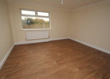 Thumbnail Room to rent in Itchen Court, Andover