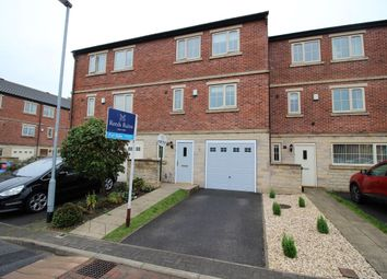 Thumbnail 4 bed property for sale in Carlton Green, Normanton