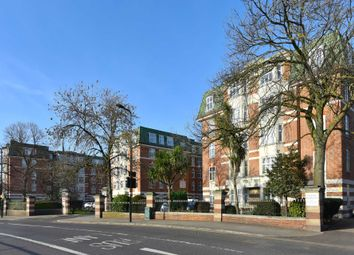 Thumbnail 3 bedroom flat to rent in Haven Green, London
