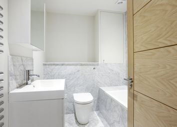 Thumbnail 3 bed flat to rent in Union Street, Kingston Upon Thames