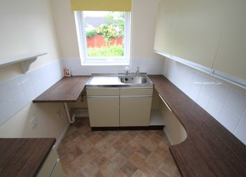 Thumbnail Studio to rent in Blackthorn Drive, Leicester