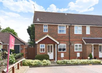3 bed property to rent in Coniston Close, Woodley, Reading RG5