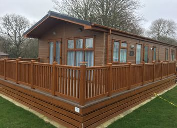 Thumbnail 3 bedroom mobile/park home for sale in Hoborne Lane, Highcliffe