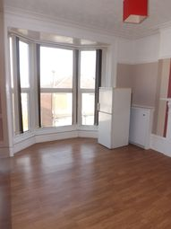 Thumbnail 2 bed flat to rent in Queens Road, Portsmouth