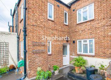 3 bed maisonette for sale in High Street, Waltham Cross, Hertfordshire EN8