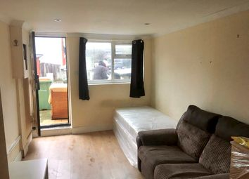 1 bed flat to rent in Leader Avenue, London E12