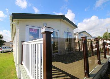Thumbnail 2 bed mobile/park home for sale in Hook Lane, Warsash, Southampton