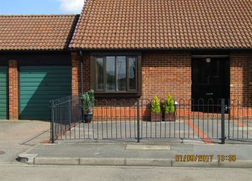Thumbnail 2 bed bungalow for sale in Holmlea Road, Datchet, Slough