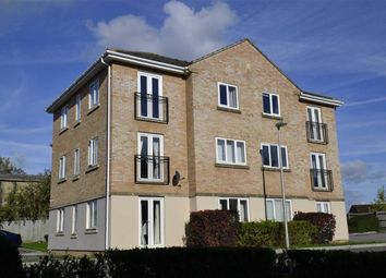 Thumbnail 2 bed flat for sale in Tarn Howes Close, Thatcham, Berkshire