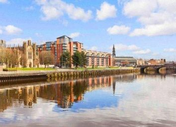 Thumbnail 3 bed flat to rent in 85 Dunlop Street, Glasgow