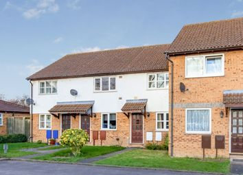2 bed terraced house to rent in Kestrel Way, Bicester OX26