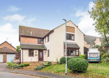 5 bed detached house for sale in Pilgrims Close, Flitwick, Bedford MK45