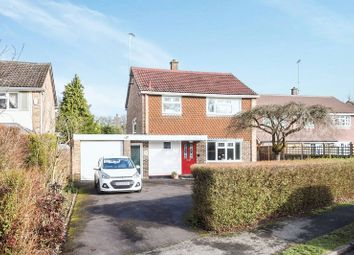 Thumbnail 3 bed detached house to rent in Silver Birches Way, Elstead, Godalming